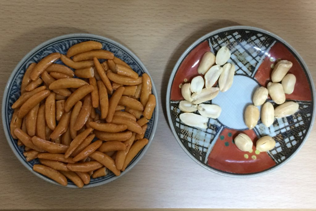 旧の柿の種とピーナッツ